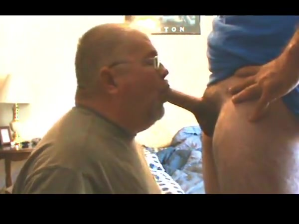 Butch Blowing Bear 2 naked women having sex