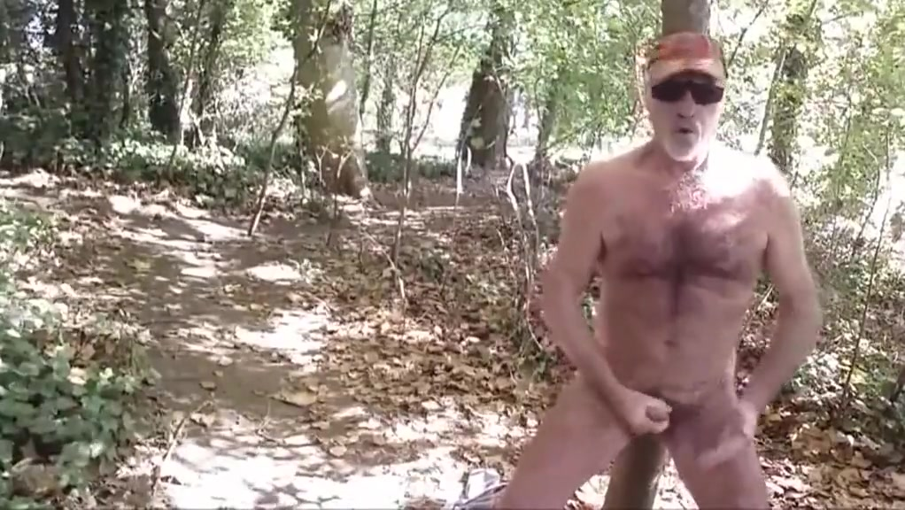 branle en foret Amy sue cooper naked pussy
