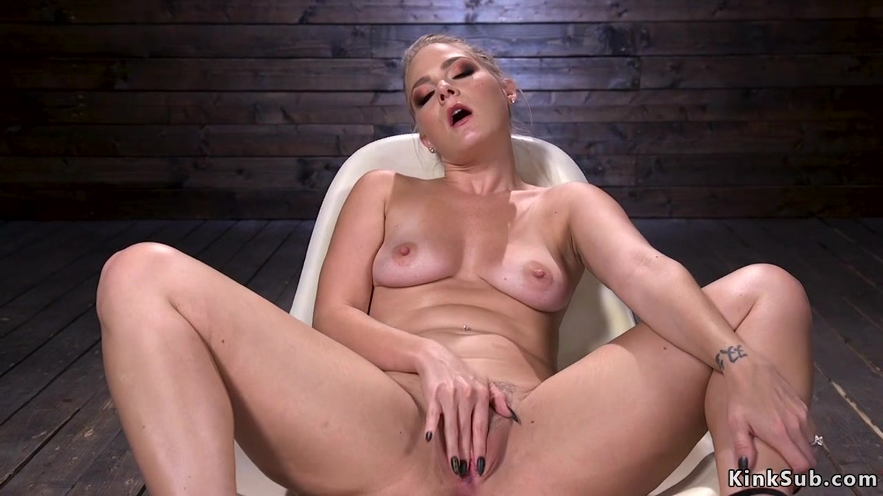Hairy blonde fucks machine and squirts Hot fucks in Shima