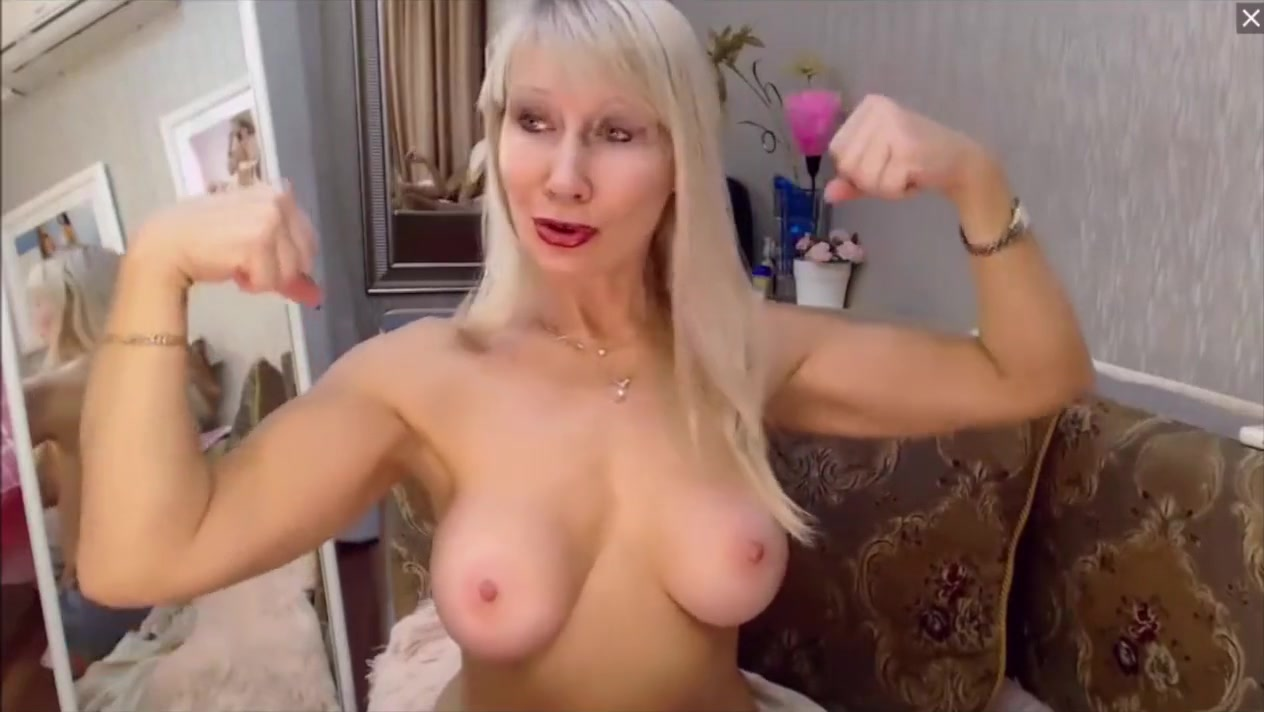 Russian babe flexes topless free sexy arabian lady fempom pics