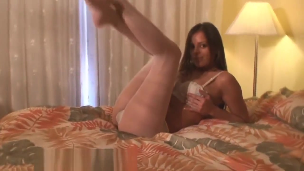 Rene Pantyhose Tease 4 Wife kitchen blowjob