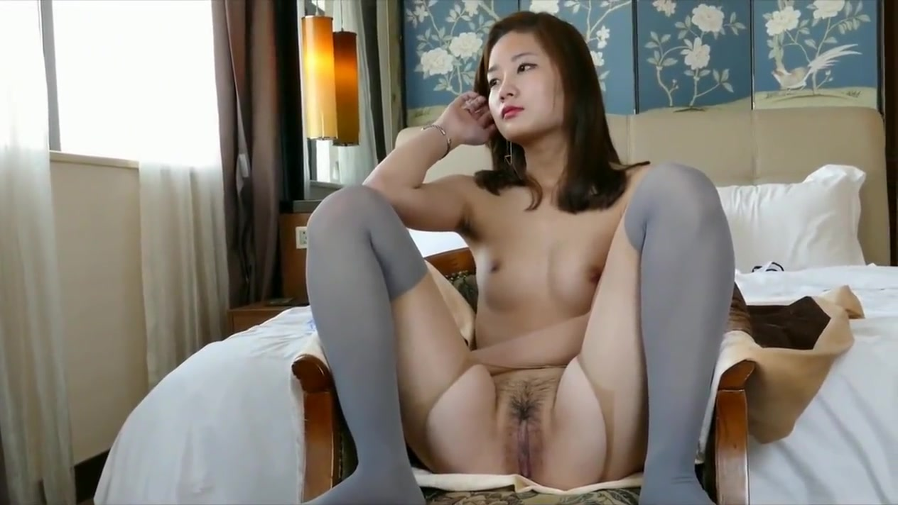 Sweety chinese nude model Hanna with sexy pantyhose free lazy town porn