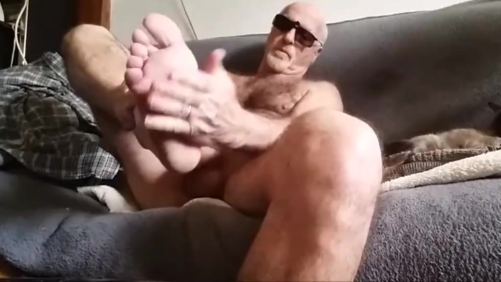 je jute sur mon pied Black girls naked pussey fuck