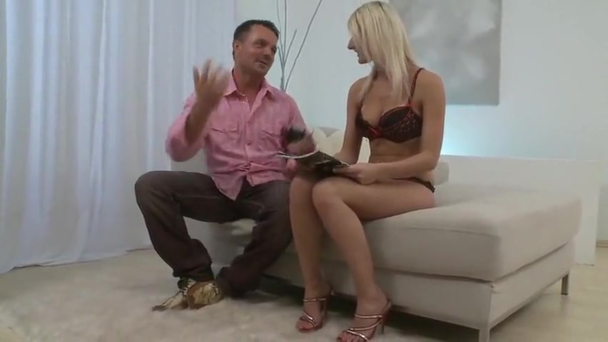Randy minx slammed in her hot snatch