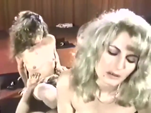 Hot vintage orgy -Nick Niter, Lili,Marlene, Mauvais DeNoir,Francois Papillo Mobile free porn pictures