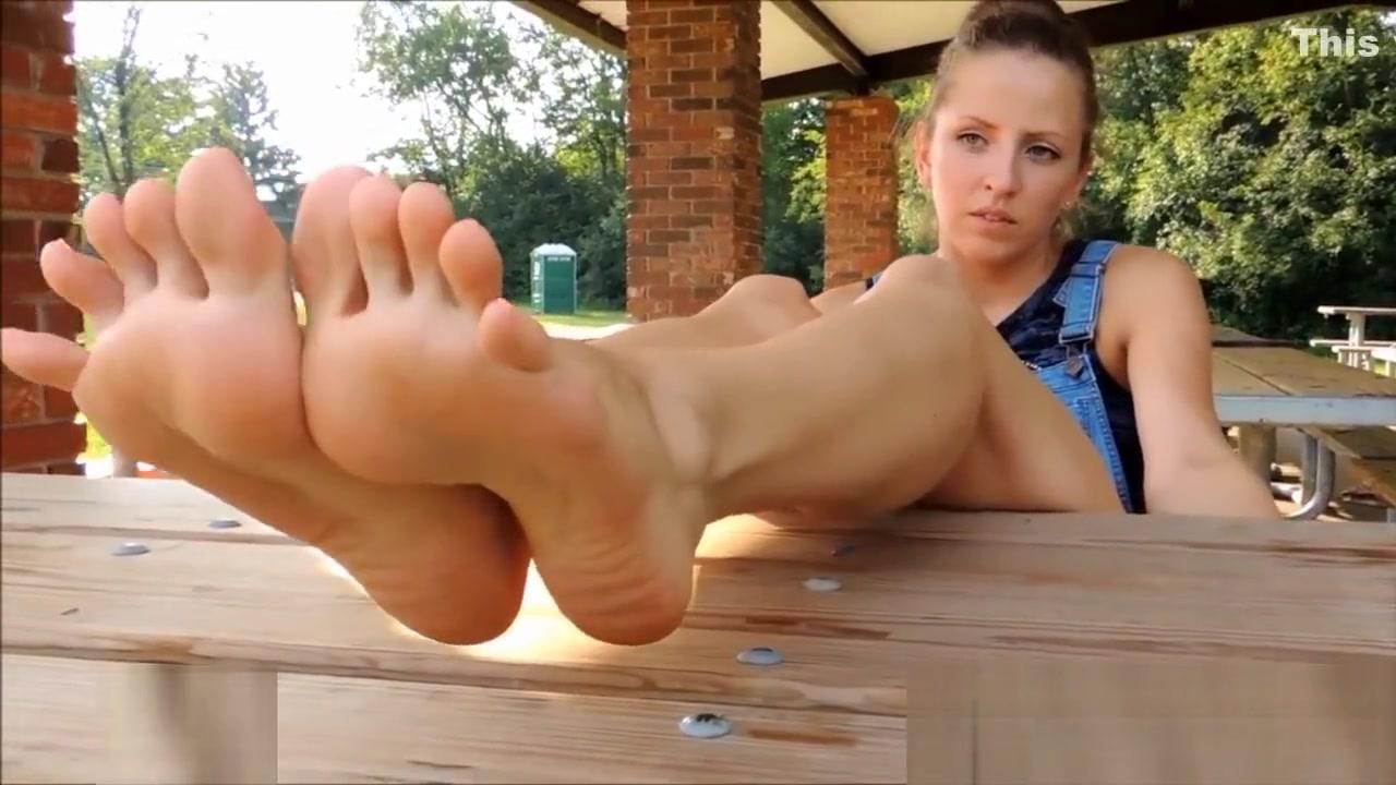 Chicago Feet Skyler 2