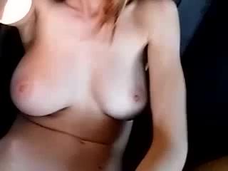 A show in her car!