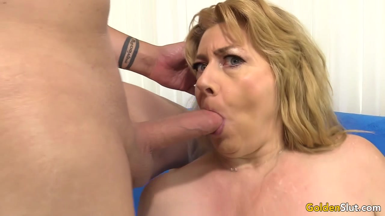Chubby Granny Penny Sue Shoves Long Cock Between Her Tits and in Her Holes Mature glamour models porn