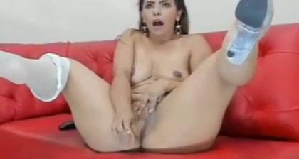 Natasha took off pantyhose! Short curvy porn
