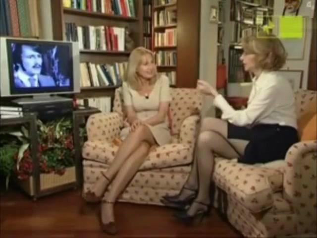 CINZIA TANI & ENRICA BONACCORTI HORNY MARVELOUS AMAZING SEXY OLD MATURE MILF