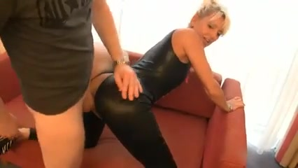 Lack und Lederfick mit geile reife Mutti chana sex free watch video