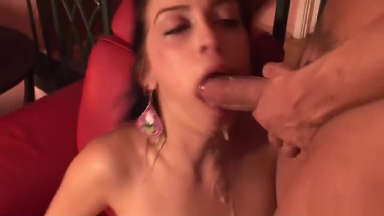 Beautiful Girlfriend Enjoys Some Face Fucking