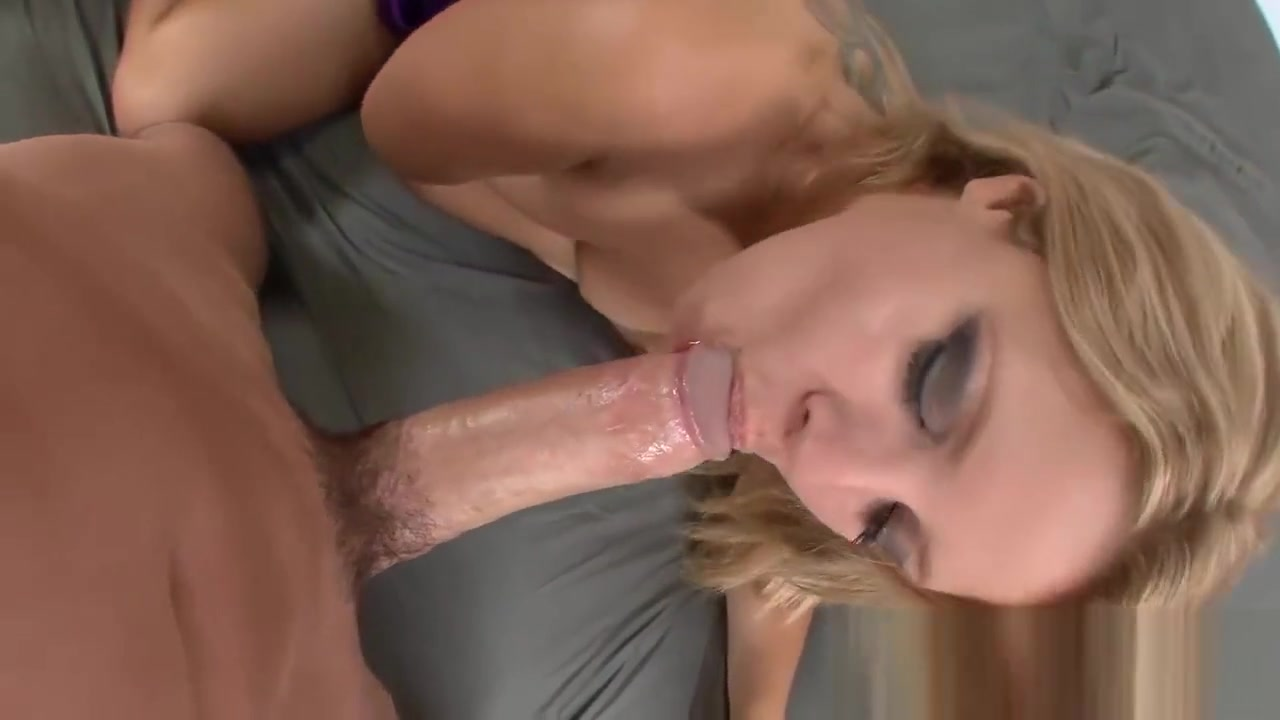 Delicious Blonde Takes It Up Her Bunghole